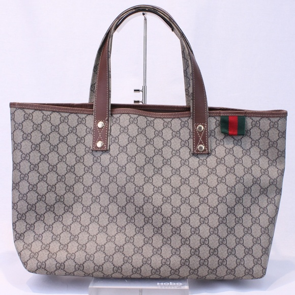2be05eb1d5914d Gucci Handbags - Gucci Large Shelly Line Tote - style 211134